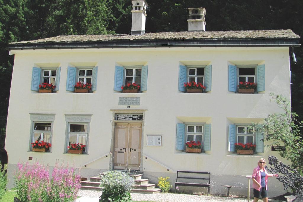 Online-Vortrag: Das Nietzsche-Haus in Sils-Maria